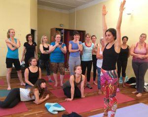 Schüler im Unterricht, Yogalehrer-Ausbildung / Teacher Training Level I - YogaCircle Berlin