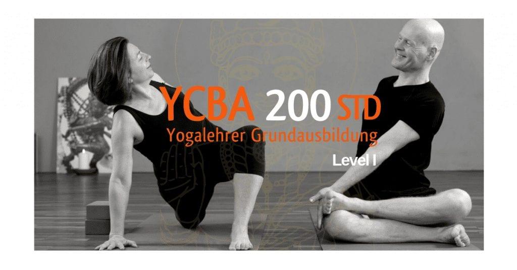 Yogalehrer -Ausbildung200 Stunden Berlin mit Thomas und Sharada