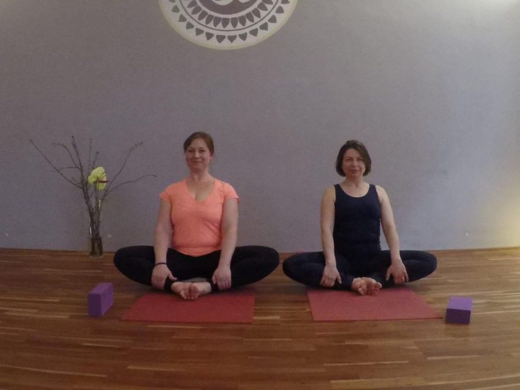 Yoga Fortbildung Hormonyoga mit Sharada und Doreen